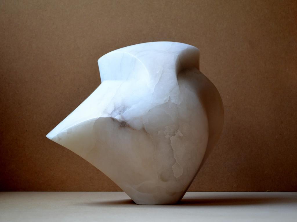 """sculptuur - titel """"Lente"""" - albast"""