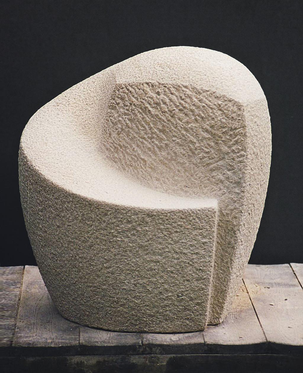 "sculptuur - titel ""grafbeeld F .Verzuu"" - Vaurion"